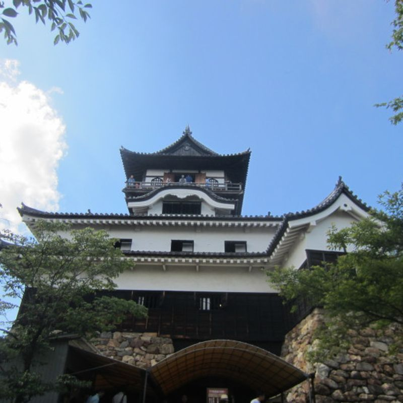 Inuyama Castle - Standing Tall since 1620 photo