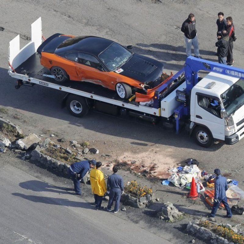 Car plows into spectators at drift event in southwest Japan, 4 injured photo