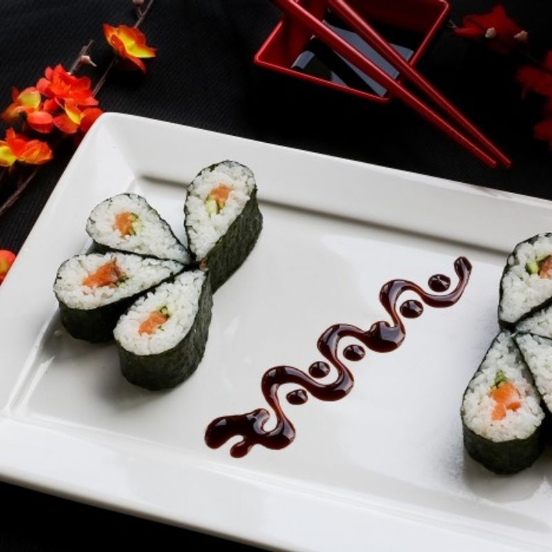Berapa biaya untuk makan di Jepang? photo