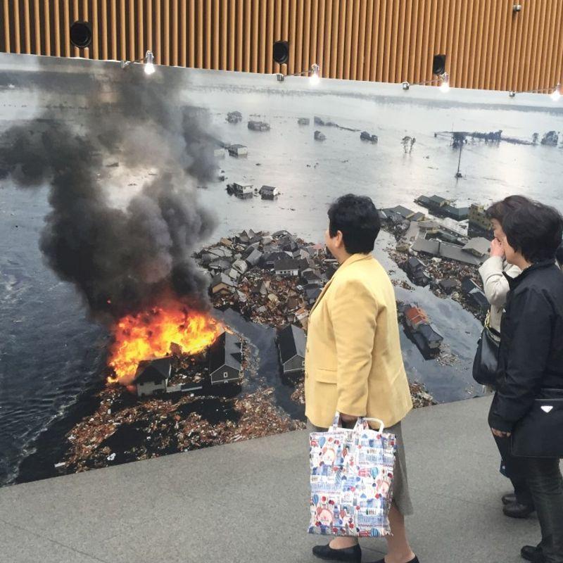 Photo exhibition highlighting 30-year Heisei Era opens photo