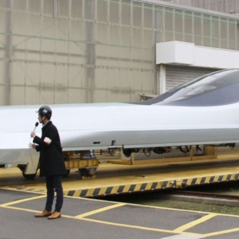 Japan unveils new bullet test train that is set to travel at 360 kph photo