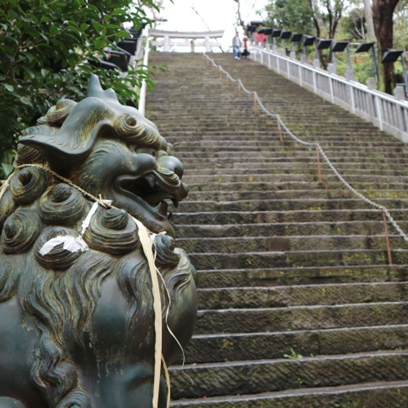Atago Shrine can keep its stairway to promotion, I like the peace and quiet at the bottom. photo
