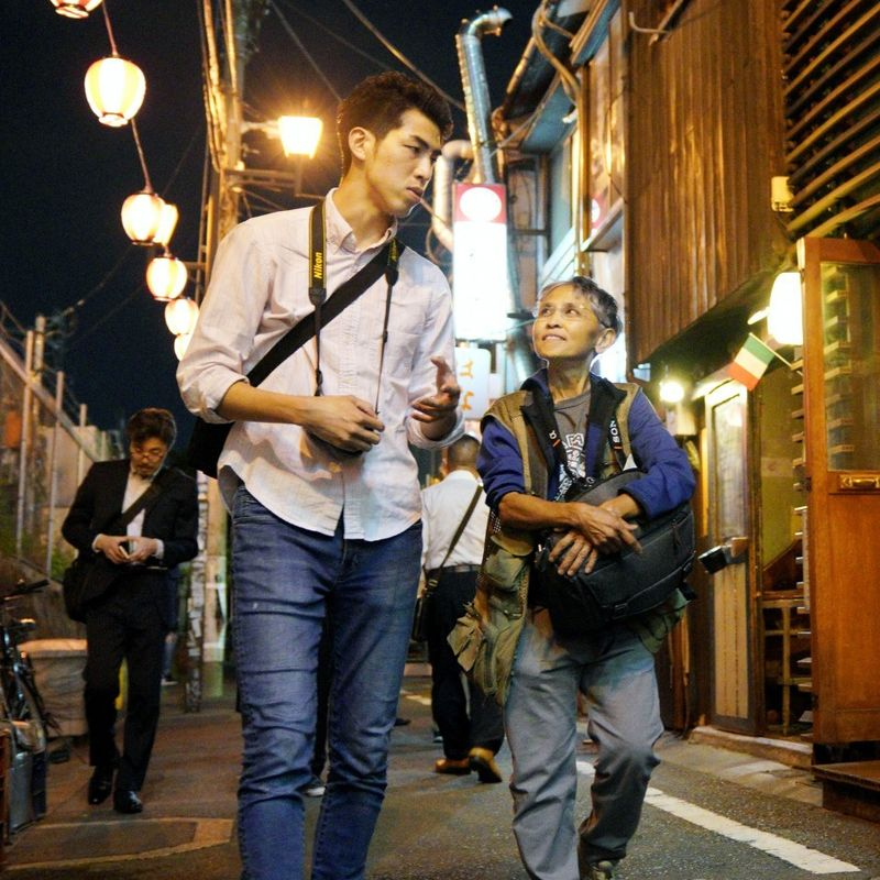 Night tours draw foreign tourists to Tokyo's buzzing Shibuya district photo