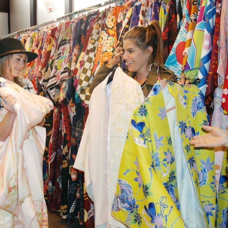 Kyoto offers wealthier foreign tourists cultural workshops photo