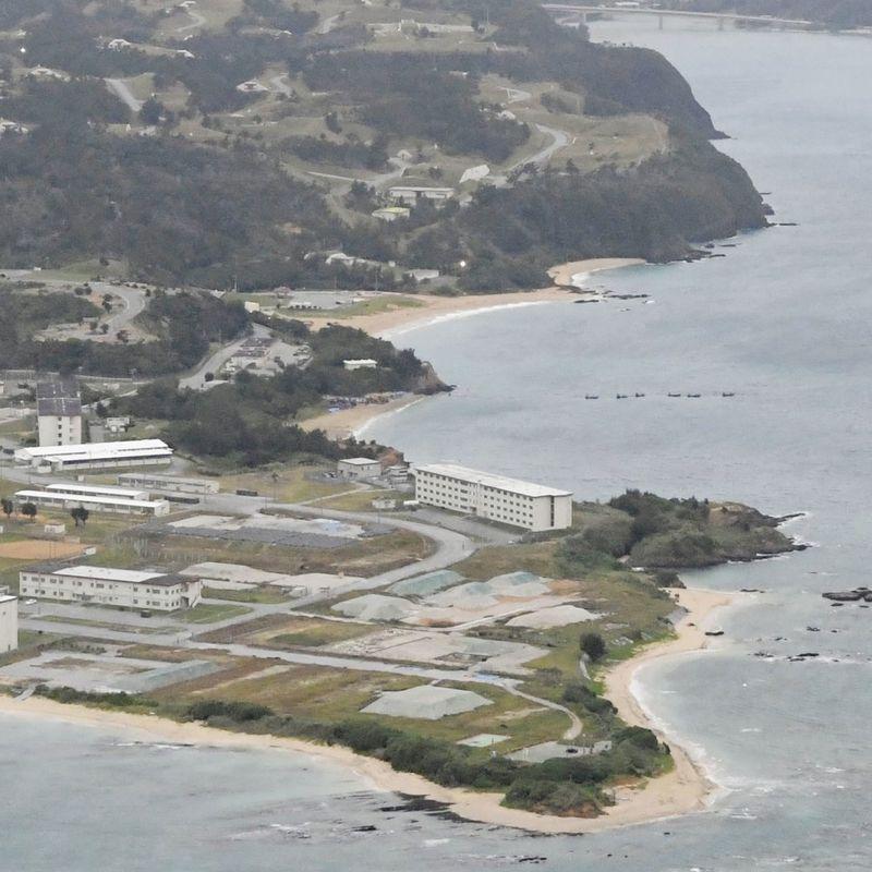 沖縄の米軍基地移転のための7月の目撃 photo
