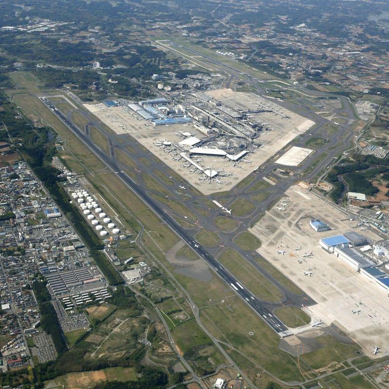 成田空港で離着陸、着陸の時間を延ばすことができました photo