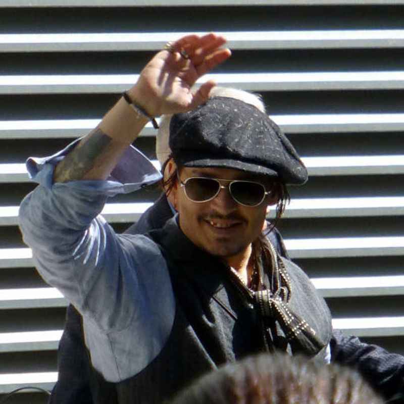 Johnny Depp set to perform live show in Tokyo, a first for Japan photo
