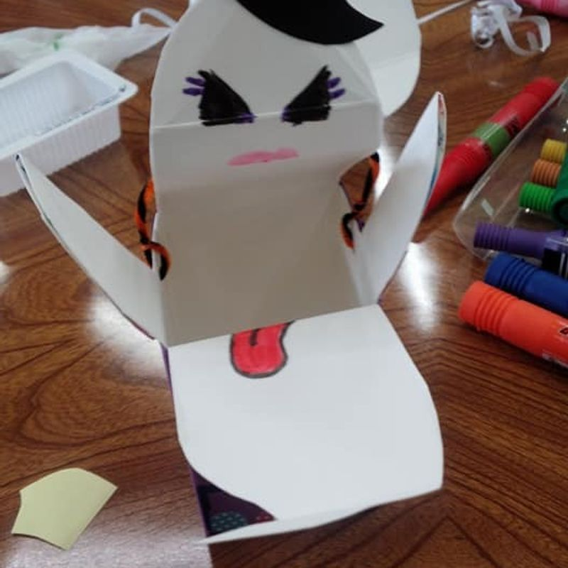 Ghost trick-or-treat box tutorial photo