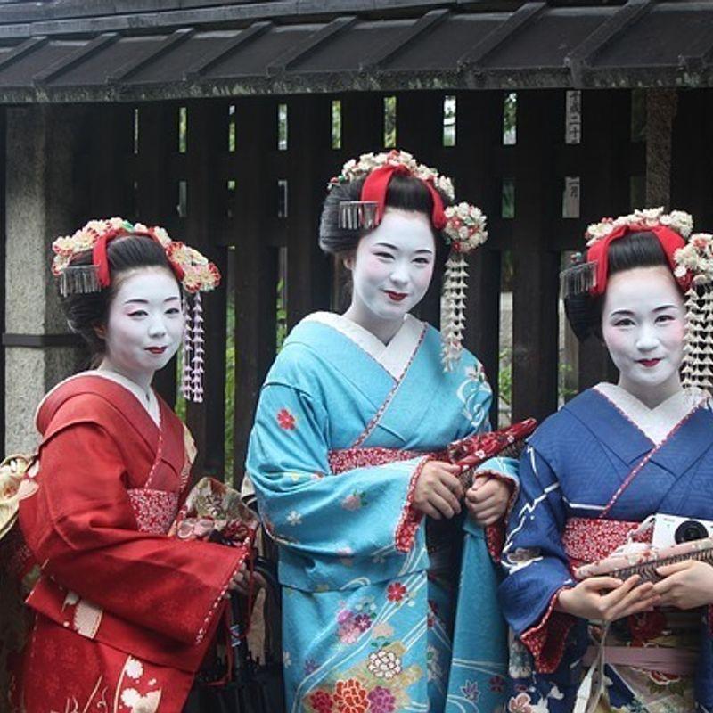The Art of Settai in Japan photo