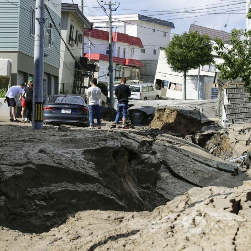 Japan gov't to provide aid for rebuilding regions hit by recent disasters photo