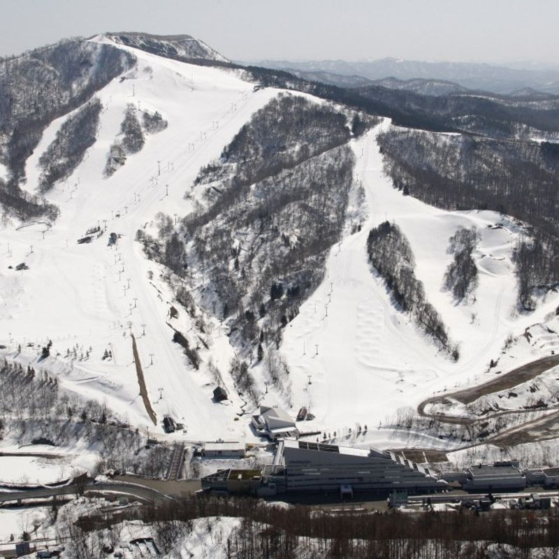 2 foreign men go missing at ski resort in central Hokkaido photo