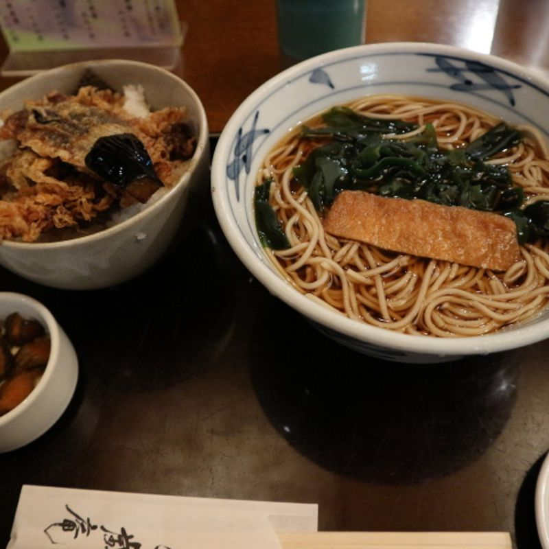 Faith in soba noodles after all; Tendon and soba set delivers the goods photo