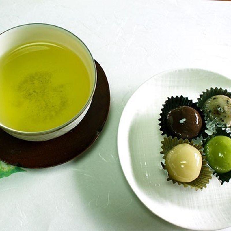 ダイエットなら熱湯で淹れた緑茶がおすすめ photo
