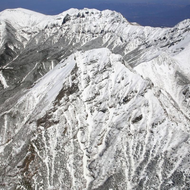 Record No. of climbers stranded on Japanese mountains in 2017 photo