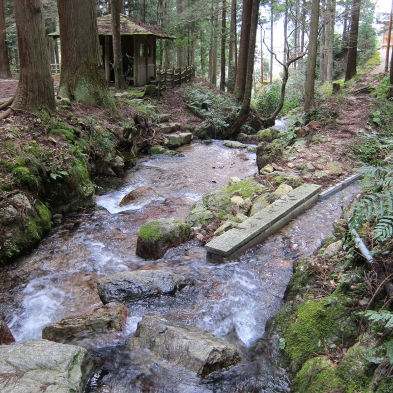 Uriwari waterfall in Fukui photo
