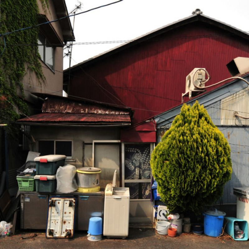 As Japan prepares for the 'big clean' (大掃除) are we likely to follow suit? photo
