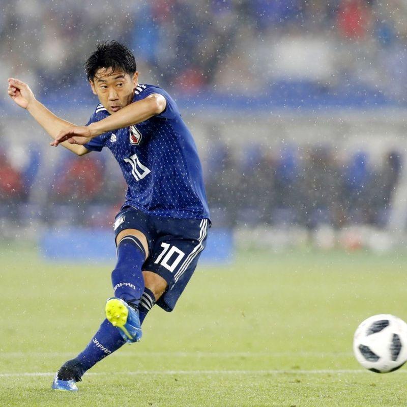 Football: Keisuke Honda, Shinji Kagawa make Japan's World Cup squad photo