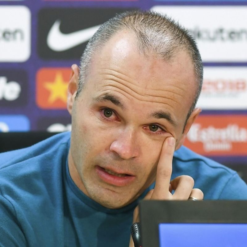 Football: Barcelona's Andres Iniesta set to join Vissel Kobe: reports photo