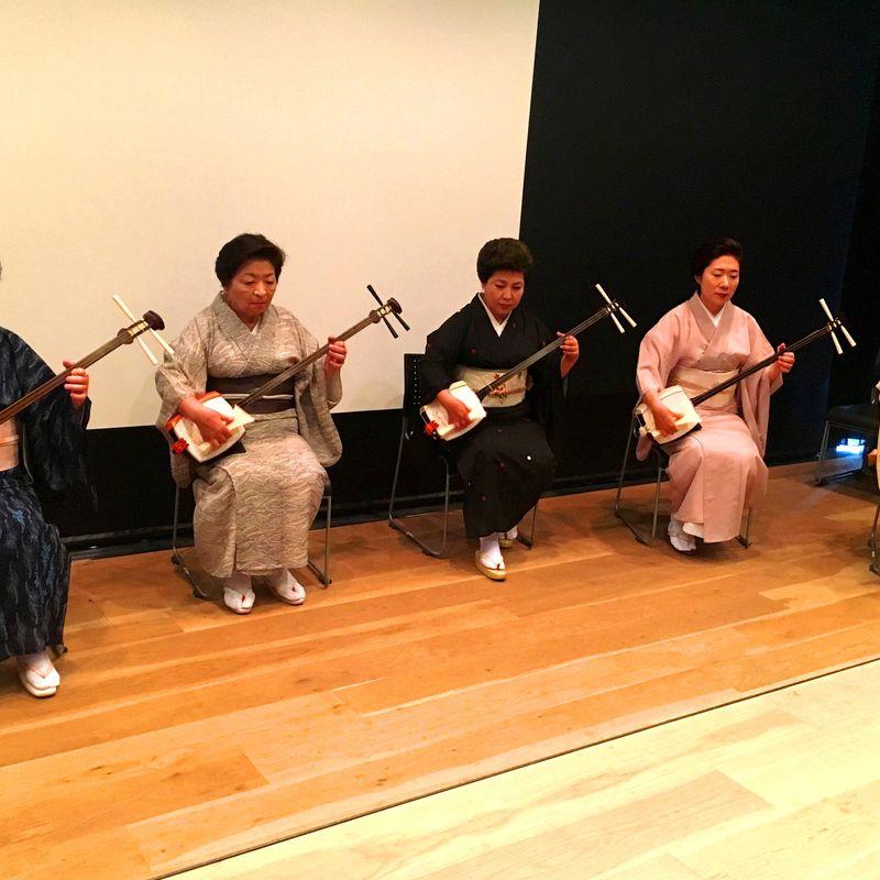 三味線:日本の伝統的なグルーヴ photo